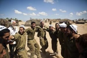 Israeli_soldiers_hassidic (2)